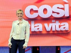 """9/10/2011 Roma: prima puntata di """"Domenica in"""" in onda su Raiuno tutte le domeniche pomeriggio. Nella foto:Lorella Cuccarini .(foto Adnkronos)"""